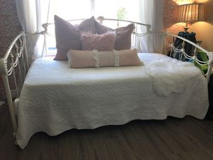Daybed with Trundle for Sale in Scottsdale, AZ