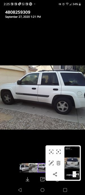 Parting out 2004 Trailblazer 4x4 has a bad transmission good 6 cylinder motor for Sale in Gilbert, AZ