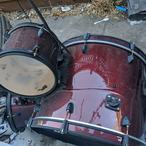 Spl Drum Set With Drum Sticks for Sale in San Jose, CA