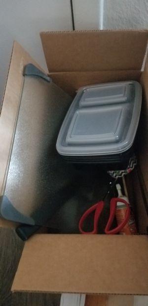 FREE Box of random stuff, mostly kitchen stuff for Sale in Orlando, FL