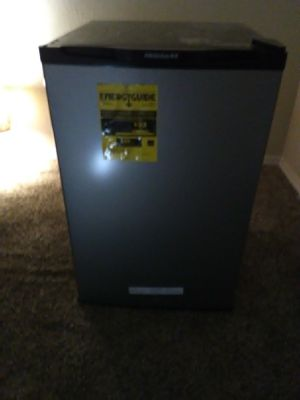 Frigidaire 4.5 w9xocubic ft minhga for Sale in Federal Way, WA