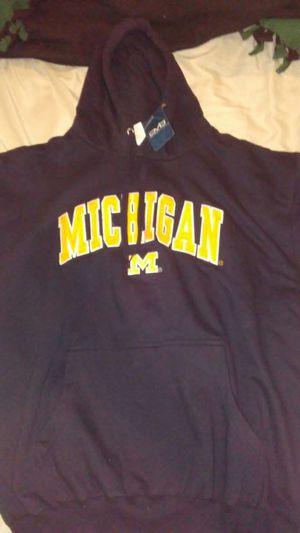 Brand new never worn michiagan hoodie size large for Sale in Roselle, IL