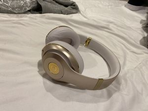 Studio Beats By Dre for Sale in Highland Park, IL