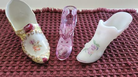 2 Fenton Glass Handpainted Glass Slippers CASH for Sale in Citrus Heights, CA