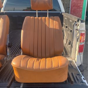 Mercedes Benz R107 450sl 380sl 560sl Front Seats for Sale in Seattle, WA