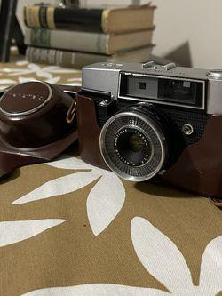 Mansfield eye-tronic 35mm Film Camera for Sale in Scottsdale,  AZ