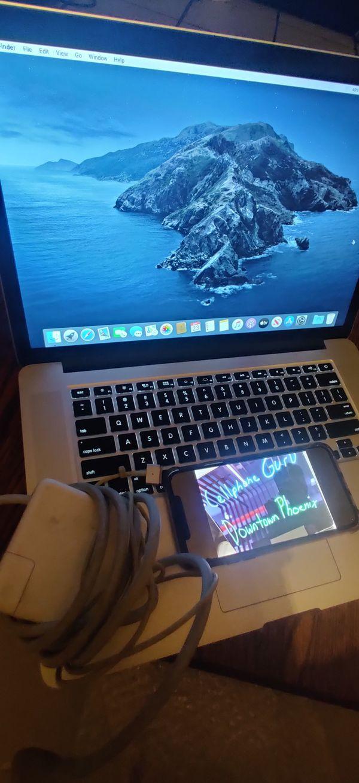 MacBook pro 15 inch retina 16 GB 250 GB Apple Care+