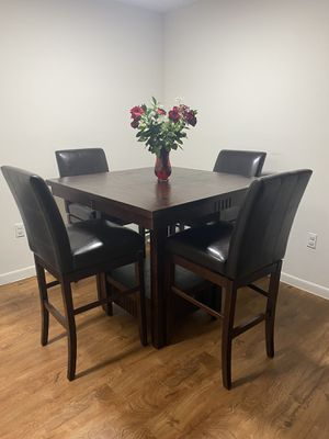 Dining table set for Sale in Hollywood, FL