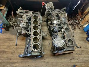 Very good parts of Mercedes 300D 350D transmission for 500SEL 100% running for Sale in Chicago, IL