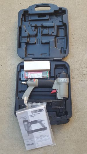18 GAUGE PORTER CABLE NS 100A CROWN STAPLER WITH CASE & STAPLES for Sale in Escondido, CA