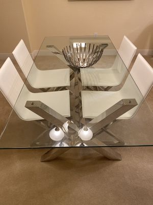 Z gallery glass table with leather chairs for Sale in Sarasota, FL