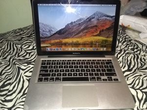 Apple Macbook Pro 13in Silver / Like New Condition / Works Good / Perfect for Student / Work for Sale in Queens, NY