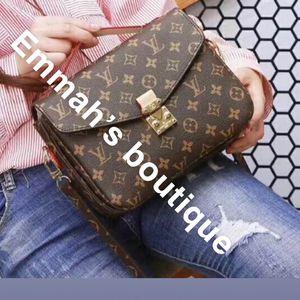 Crossbody Bag /handbags for Sale in Woodbridge, VA
