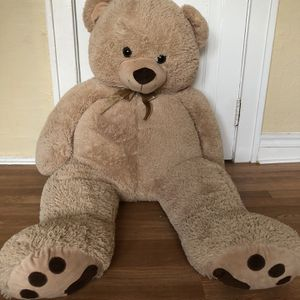 Giant Soft Plush Teddy Bear Stuffed Animal Toy for Sale in St. Louis, MO