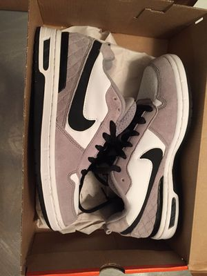 Nike Skater Shoes Size 6Y for Sale in San Diego, CA