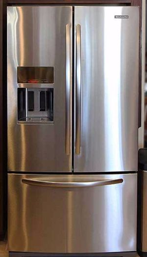New Kitcheaid stainless French door water and ice for Sale in Torrance, CA