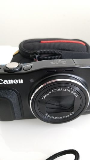 Canon PowerShot SX700HS digital camera for Sale in Naperville, IL
