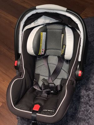 Graco infant car seat for Sale in Lakeland, FL