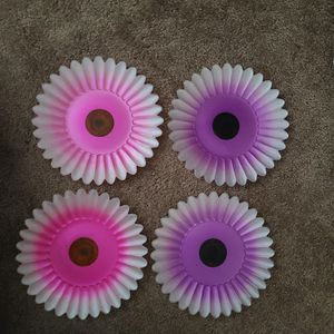 glass flower dish for Sale in Rancho Cucamonga, CA