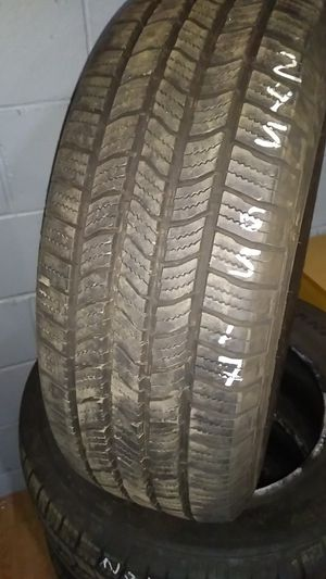 Set the tires!!! 245/65 R 17 for Sale in Waterbury, CT