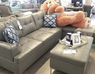 $50 Down Financing!!!! BRAND NEW GREY SECTIONAL SOFA WITH OTTOMAN for Sale in Oviedo,  FL
