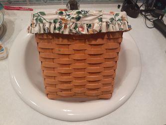 Longaberger Large Key/ Marazine hanging basket for Sale in Lake Stevens,  WA