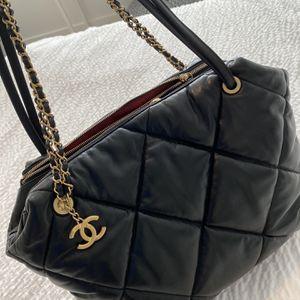 Chanel Bag Lambskin for Sale in Miami, FL