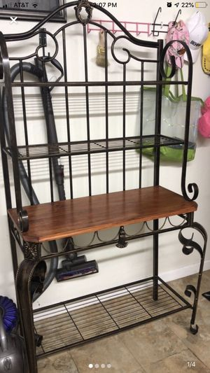 Bakers rack , kitchenware storage for Sale in Miami, FL