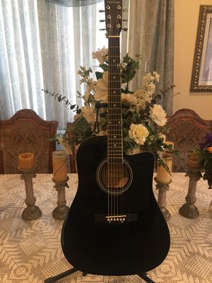 Huntington acoustic guitar for Sale in Bell, CA