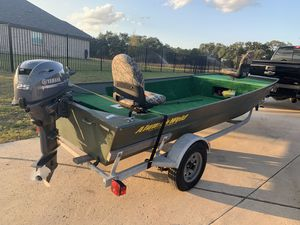 16' Aluminum Jon Boat with 2018 Yamaha 25hp Outboard motor & trailer for Sale in San Antonio, TX