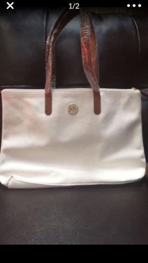 Joy Manago white tote bag and cross body bag set for Sale in Bowie, MD