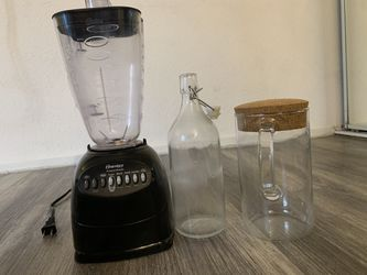 mixer and carafe for Sale in Los Angeles,  CA
