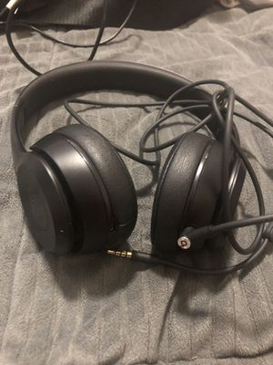 Beats Solo 3 Wired/wireless bluetooth for Sale in Pasadena, TX