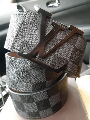 L V Black cinto new nuevo Checkered L V for Sale in Dallas, TX