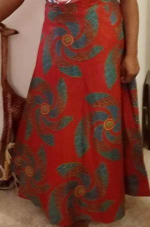 African print wrap round skirt ..free size for Sale in Wixom, MI