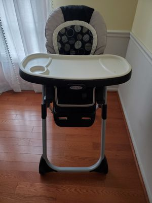 Kids high chair 💺 for Sale in West Springfield, VA