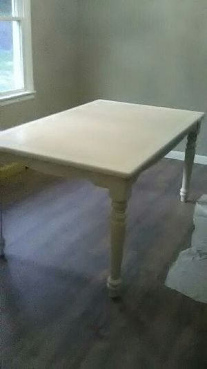 Dining table for Sale in Macon, GA