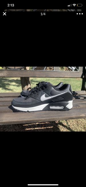 Nike air max 90's (sz9.5) for Sale in Fresno, CA