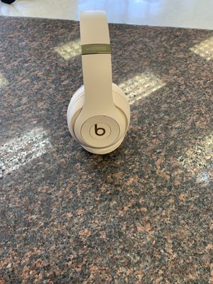 Beats studio 3 headphone for Sale in Austin, TX
