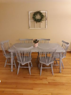 Farmhouse style table and chairs for Sale in OH, US