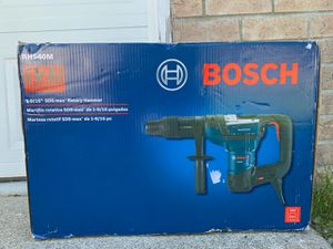 NEW Bosch RH540M 12 Amp 1-9/16 in. Corded Variable Speed SDS-Max Combination Concrete/Masonry Rotary Hammer Drill with Carrying Case for Sale in Lake Stevens, WA
