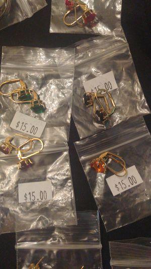 Oro laminado $15 el par for Sale in Durham, NC