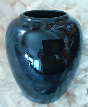 Art Deco black art pottery Vase with glazed bottom unsigned unmarked for Sale in Saginaw, MI