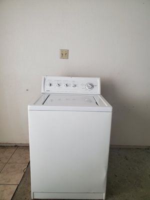 KENMORE WASHER MACHINE GOOD CONDITION KING SIZE CAPACITY PLUS for Sale in Fort Worth, TX