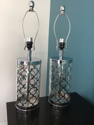 Set of lamps $30 both. for Sale in Oxon Hill, MD