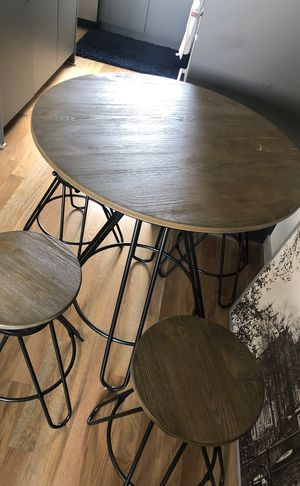 Kitchen table/bar stool set for Sale in Seattle, WA