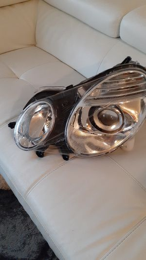 E-class headlights brand new never used for Sale in Trenton, NJ