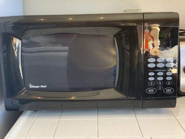 Microwave / Magic Chef