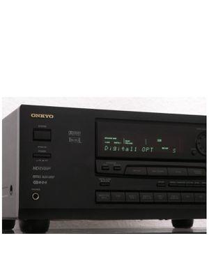 Onkyo TX DS555 5.1 Channel 350 Watt Receiver w/ Remote for Sale in Cumming, GA