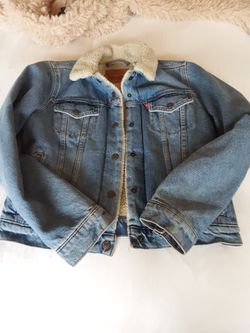 Ladies Small 501 Jacket for Sale in Leavenworth,  WA